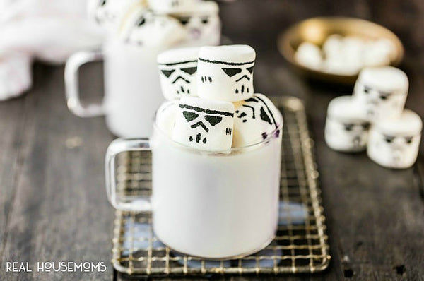 Star Wars party snacks - Stormtropper marshmallows
