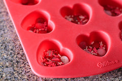 White chocolate bark tutorial | Valentines day gifts | The Party Project Blog.