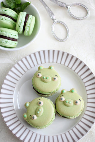Angry Birds party ideas - French Macarons