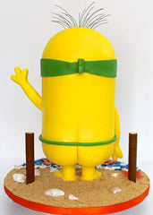 Minion beach cake - the party project blog