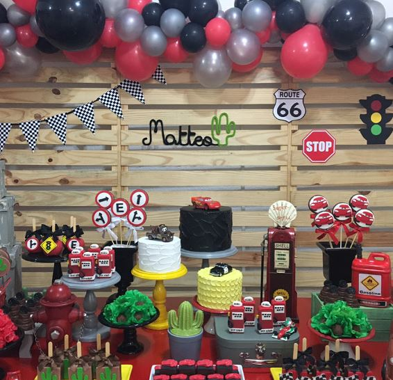The Party Project | Disney Cars dessert table set up ideas!