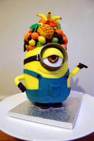 The Party Project incredible minion cake ideas