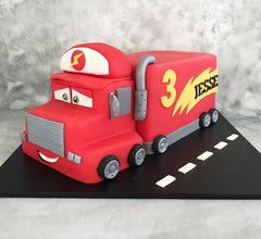 THE PARTY PROJECT | Mack cake - Cars party ideas!