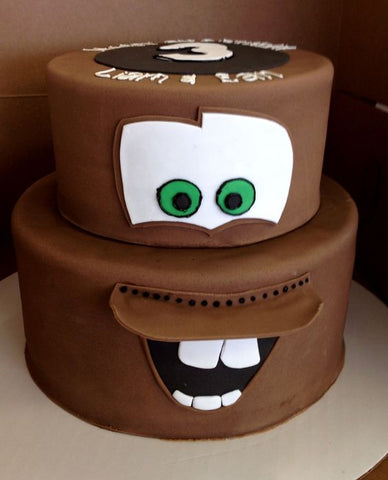 The Party Project | Cars party ideas - Tow mater cake
