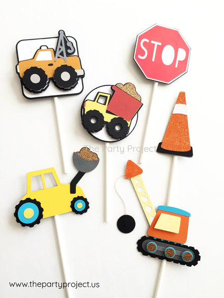 12 Construction cupcake toppers | Under Construction Trucks cupcake picks.