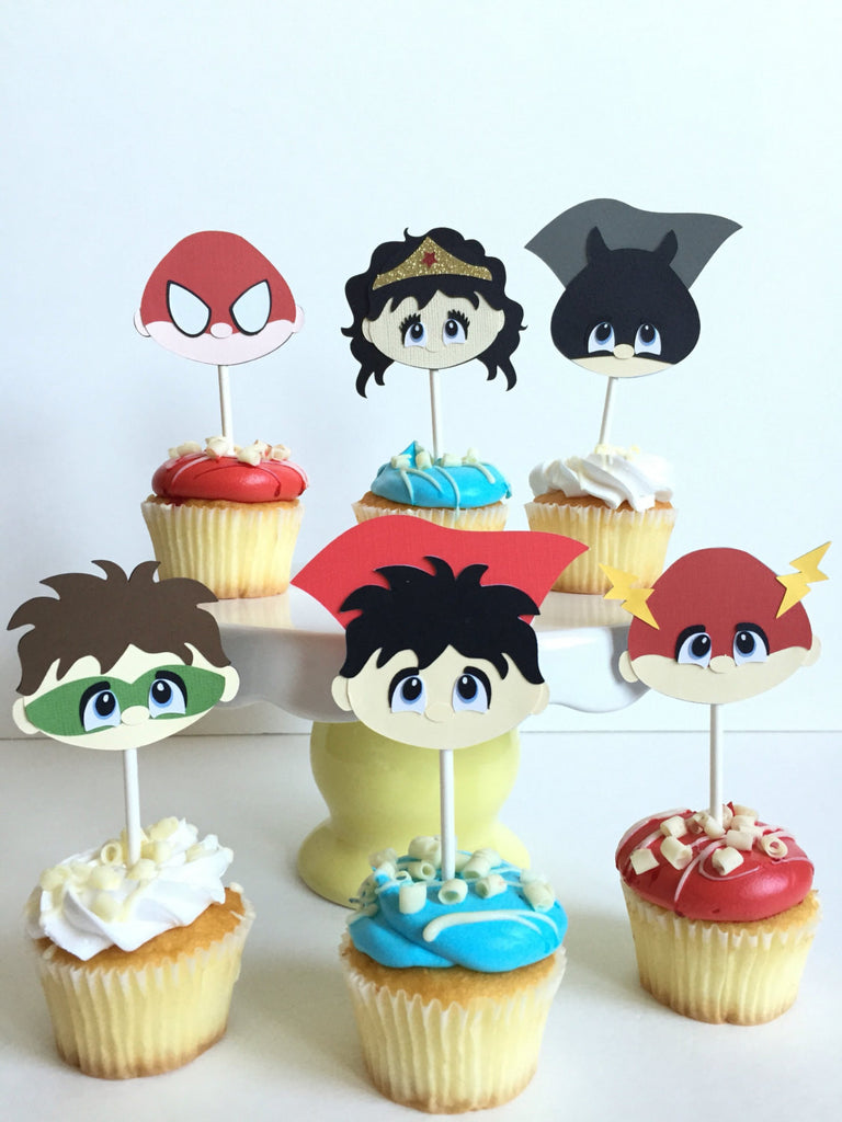 12 Superheroes cupcake toppers | Comics book hero cupcake picks.