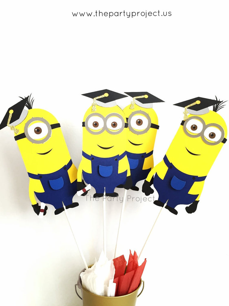 Graduation Minions Centerpiece | Minion Grad party.