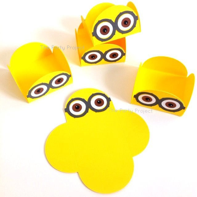 12 Minions treat holders | Despicable me themed candy cups.
