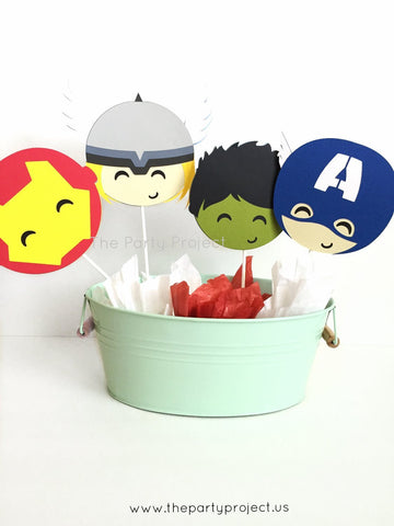 Avengers centerpiece | Comics book superhero themed party décor.