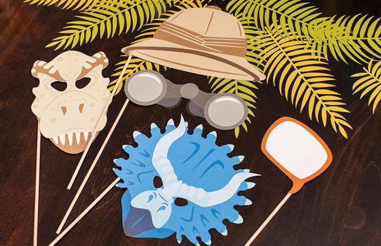 Dinosaur photo props | Jurassic party photo booth.