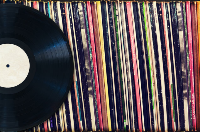 Want to start a Vinyl Record Collection? Here are 9 things to keep in mind