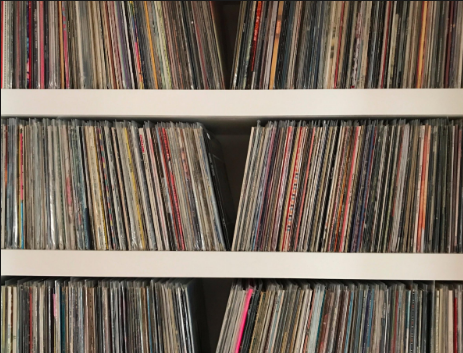 Should I Sell or Not Sell? How to Check Your Vinyl Collection's Value