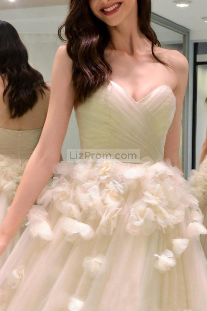 Elegant Charming Sweetheart A-Line Backless Appliques Long Prom Gown Dresses