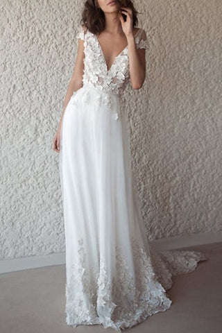 products/2267_Charming_White_A-Line_V-neck_Applique_Open_Back_Wedding_Dress_2_112.jpg