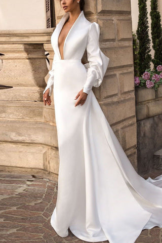 products/2321_Delicate_White_Long_Sleeves_Deep_V-neck_Wedding_Dress_with_Big_Bow_4_517.jpg
