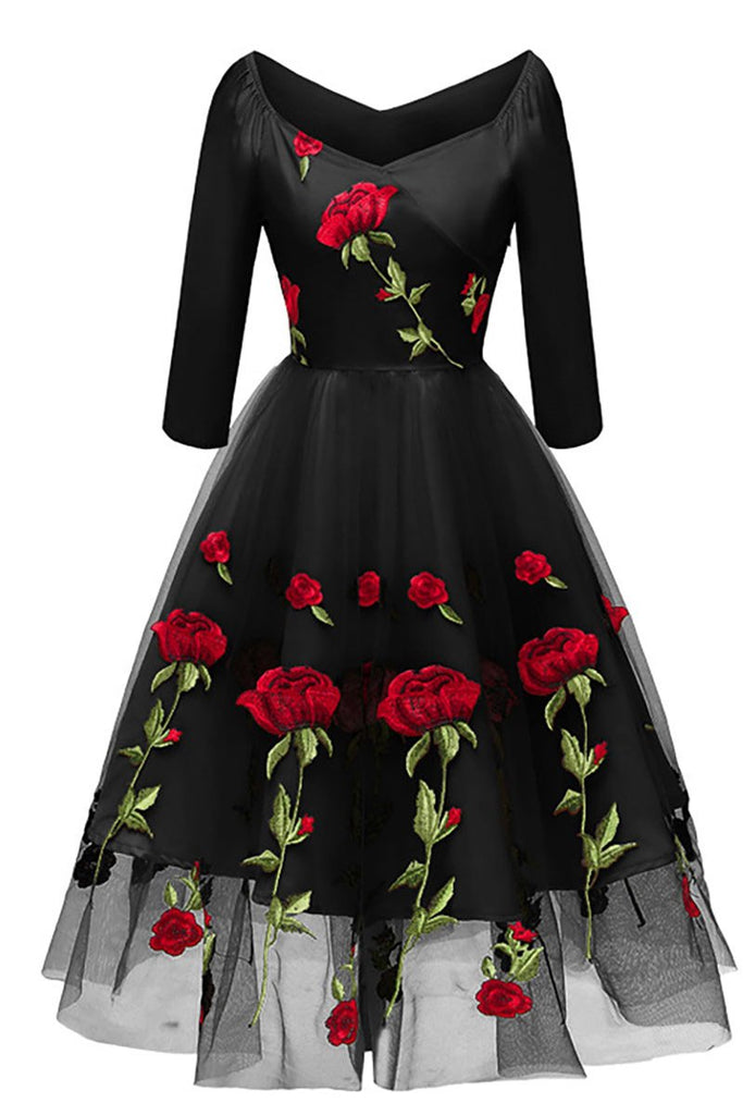 Black A-line Embroidered Prom Dress With Long Sleeves