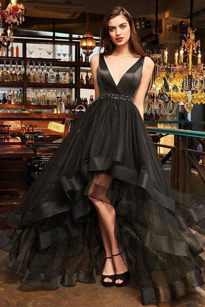 Black Tulle Low V-neck Beading Open Back Evening Dresses