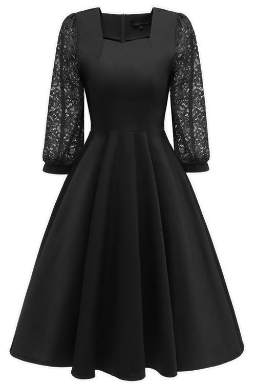 Chic Black A-line Homecoming Dress With Long Sleeves