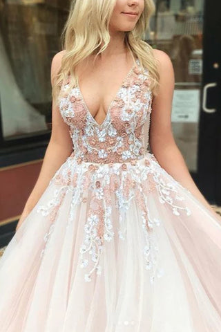 products/Elegant_Applique_V-neck_Wedding_Ball_Gown_1_392.jpg