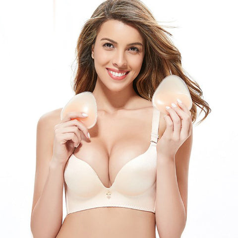 products/Sexy_Silicone_Wireless_Strapless_Invisible_Strapped_Bra_2.jpg