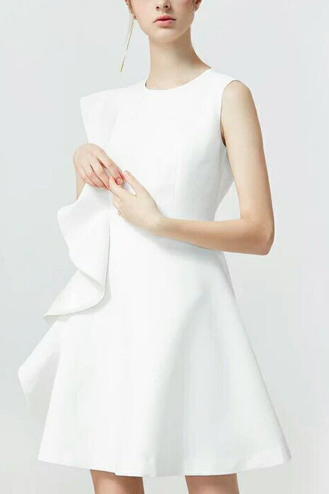 Simple White Scoop Sleeveless A-line Evening Homecoming Dress