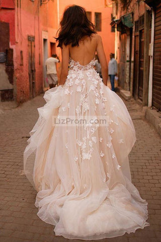 products/White_Tulle_Applique_Spaghetti_Straps_Wdding_Dress1_892.jpg