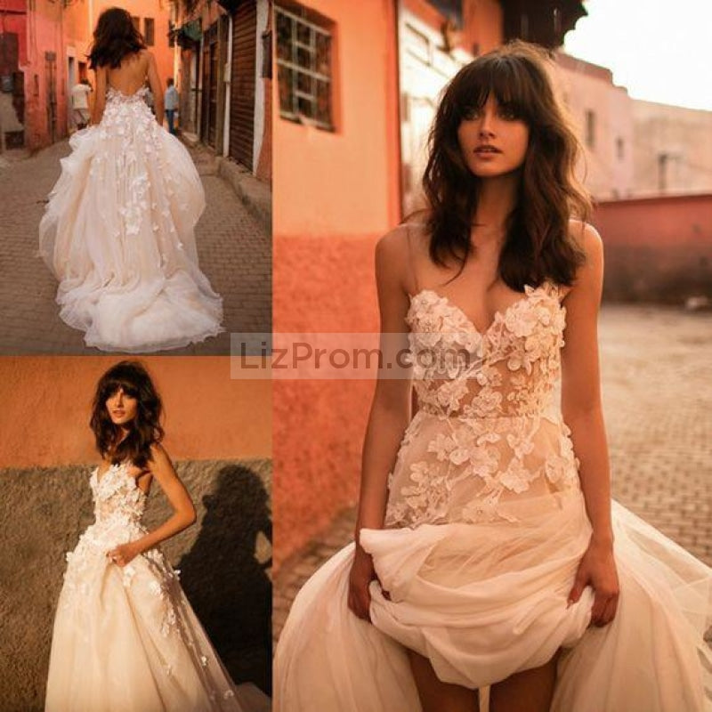 White Tulle Applique Spaghetti Straps Wdding Dress