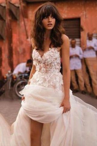 products/White_Tulle_Applique_Spaghetti_Straps_Wdding_Dress_689.jpg