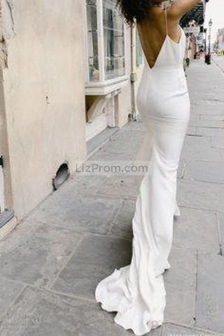 products/White_V-neck_Train_Mermaid_Evening_Prom_Dress_With_Spaghetti_Straps1_729.jpg