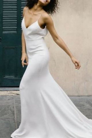 products/White_V-neck_Train_Mermaid_Evening_Prom_Dress_With_Spaghetti_Straps_624.jpg