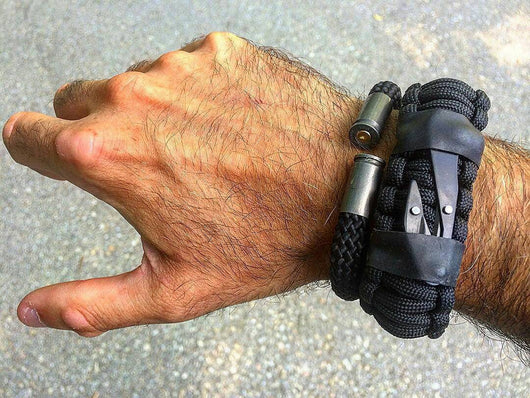 Sere Sidekick Tactical Survival Paracord Bracelet For Edc Superesse