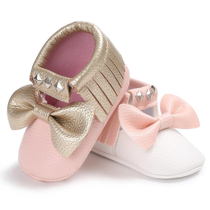 Adorable Delicate Bow Moccasins