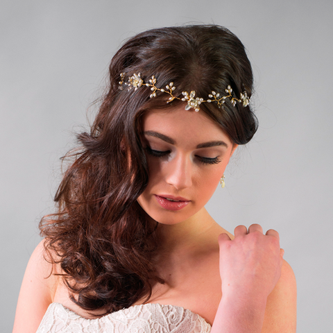 Image of primrose hair vine for destination wedding blog