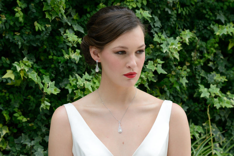 Fontaine bridal necklace and earring set Lily Houston Design model 1