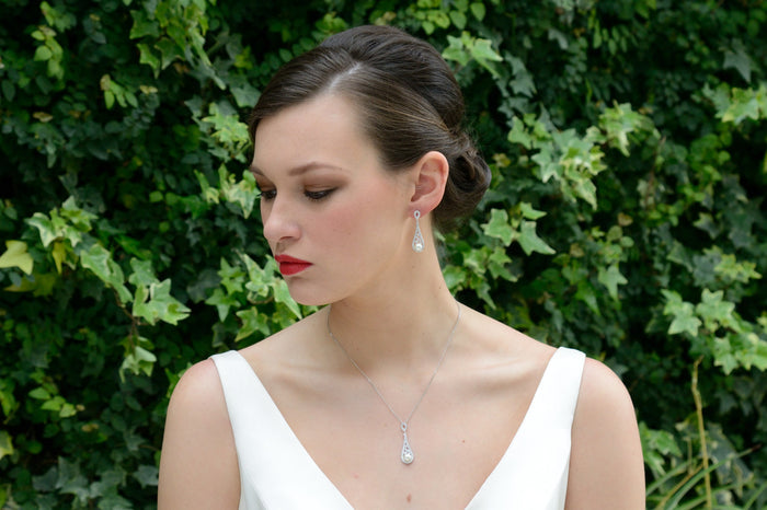 Fontaine bridal necklace and earring set Lily Houston Design model 2