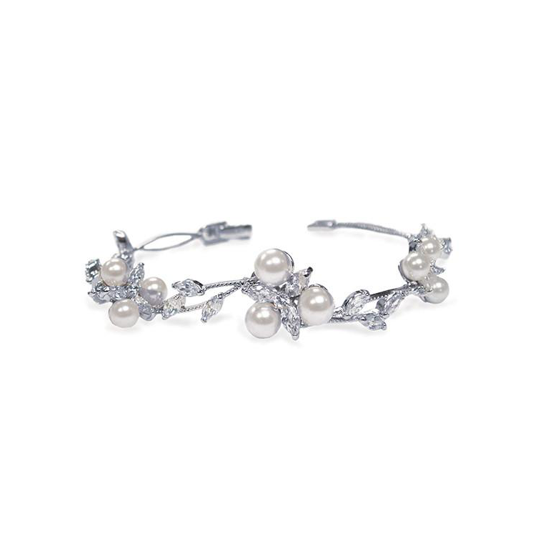 Waterlily Pearl bridal bracelet
