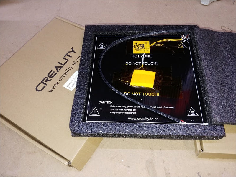 Creality CR-10S/Ender 3 Heated Bed Replacement - Digitmakers.ca providing 3d printers, 3d scanners, 3d filaments, 3d printing material , 3d resin , 3d parts , 3d printing services