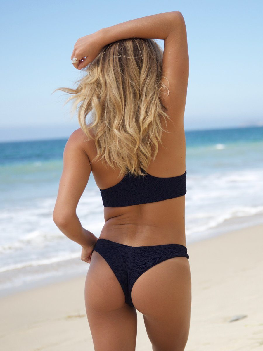 Gili Girl bikini bottom is a classic cut bottom with minimal coverage