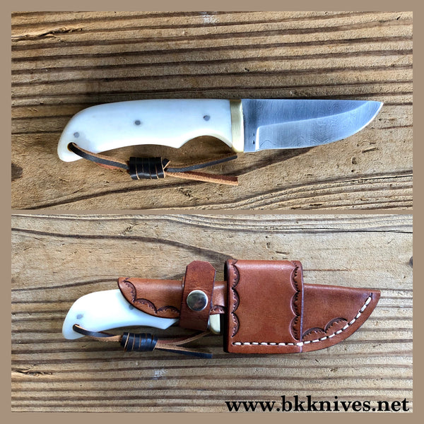 "6-3/4"" Damascus Knife w/Brass Bolster"
