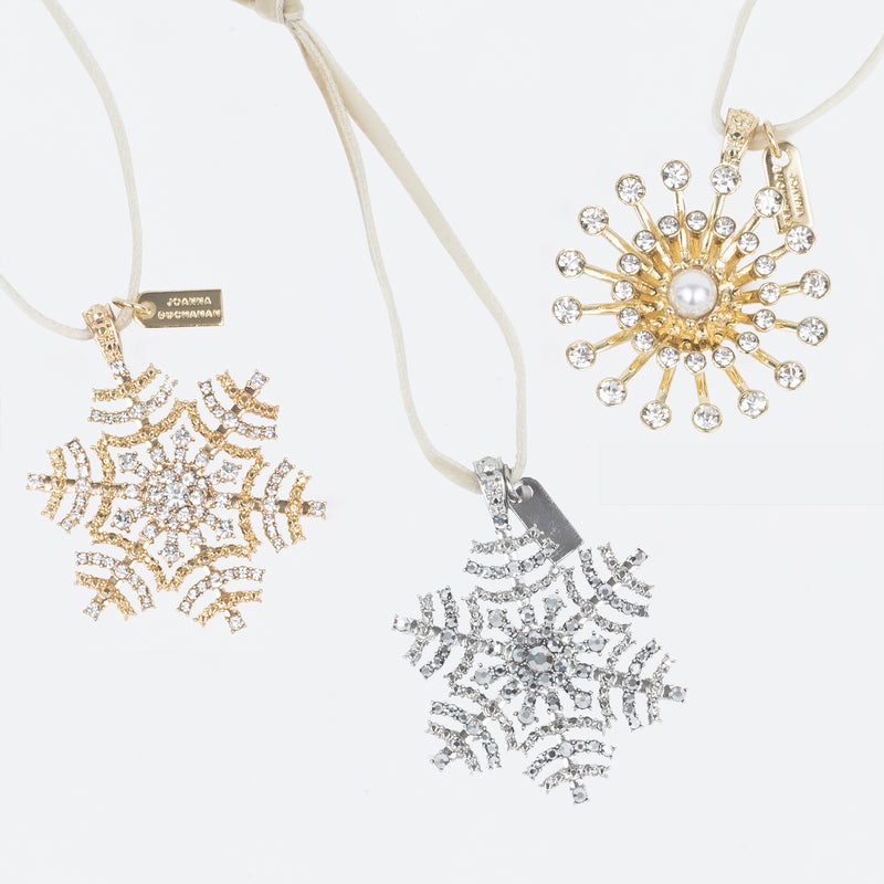 Snowflake hanging ornaments