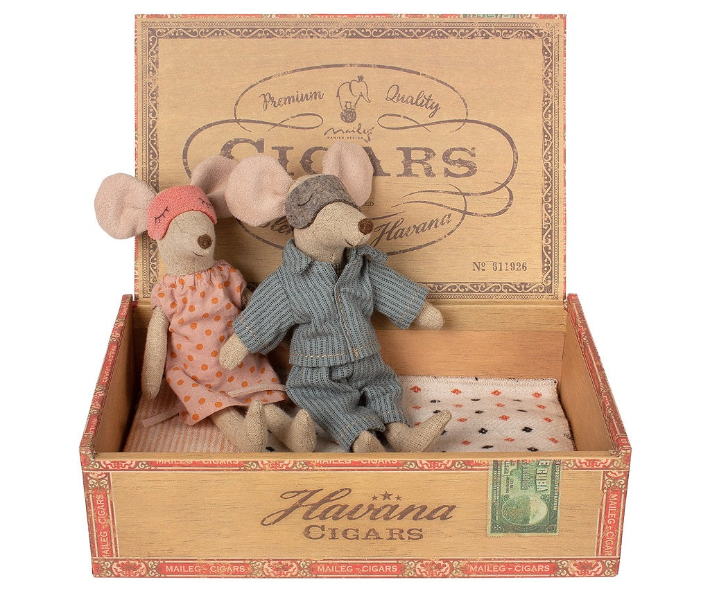 Nighttime Mom & Dad Mouse in Cigar Box