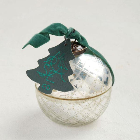 Sea Pines Retro Holiday Ornament Candle