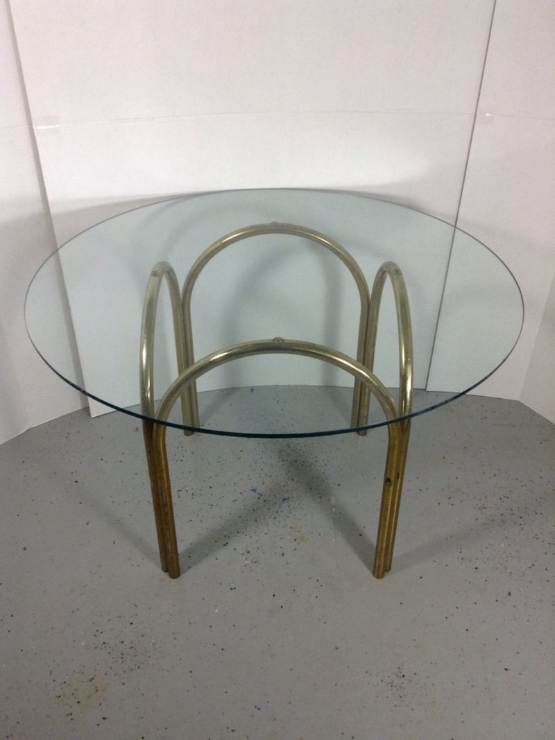 "42"" Round Glass Table w/ Metal Base"