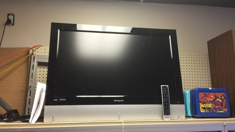 "Polaroid 32"" Plasma TV w/ Wall Mount"