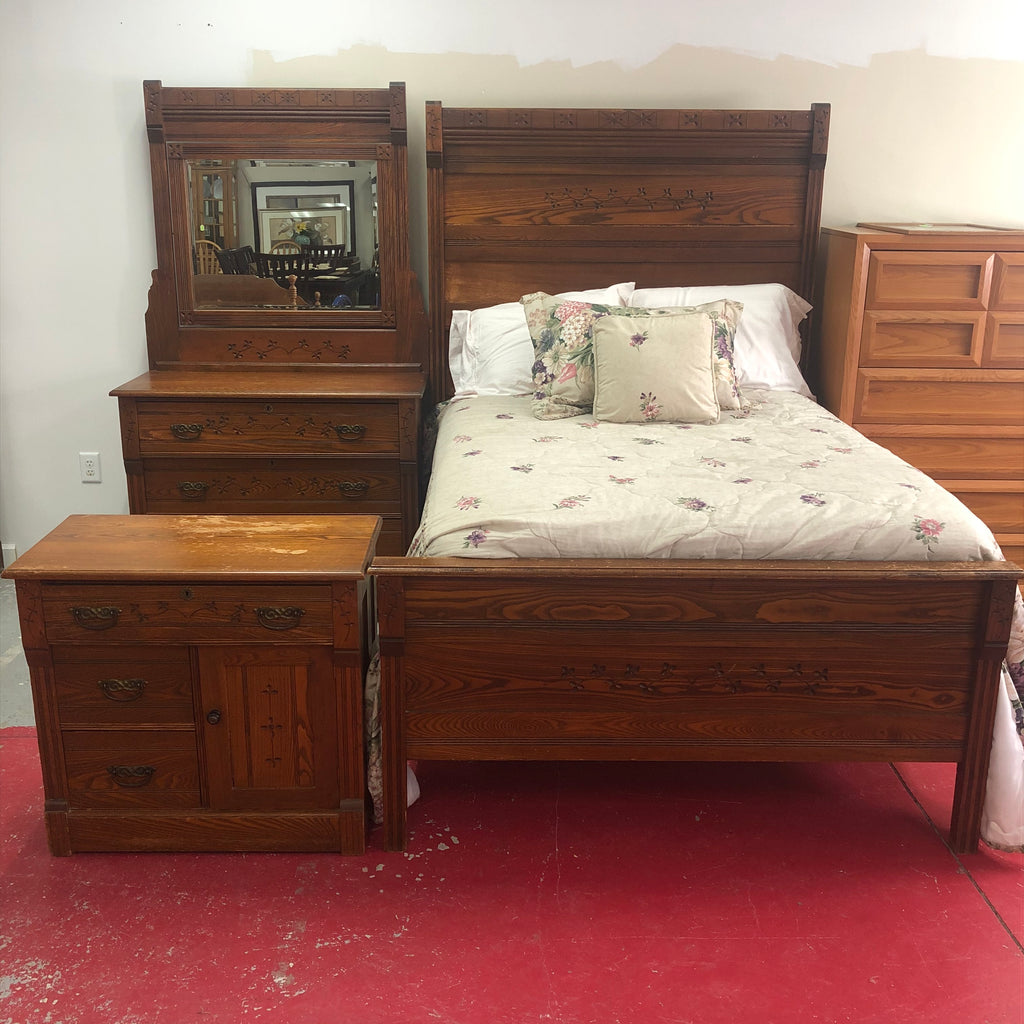 1800s Oak Solid Wood 3 Piece Bedroom Set
