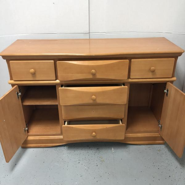 Simmons Juvenile Furniture Beech Wood & Veneer Long 6 Drawer Dresser w/ 2 Storage Doors