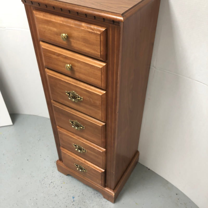 Broyhill 6 Drawer Tall Wood Dresser Chest