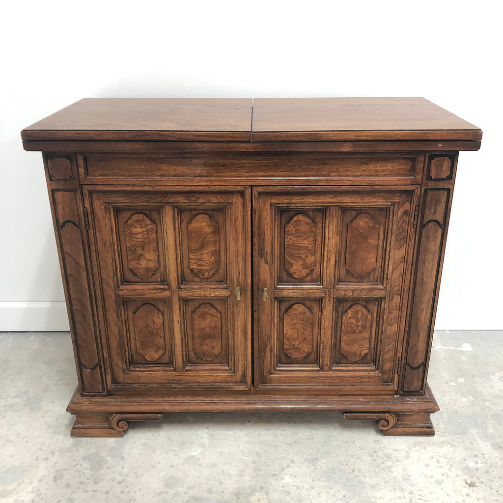 Thomasville Dark Oak Buffet Serving Table