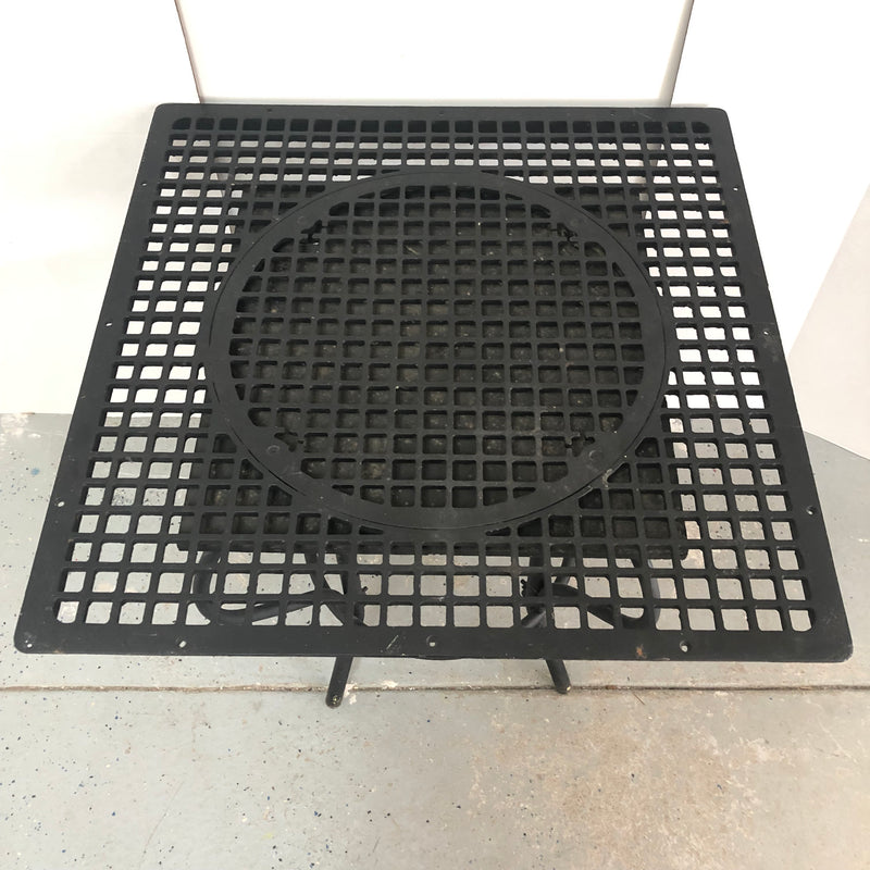 "Wrought Iron Grate Top Black Heavy Metal 29.5"" Table"