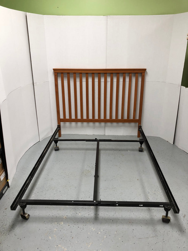 Full Size Wooden Headboard & Metal Frame Bed